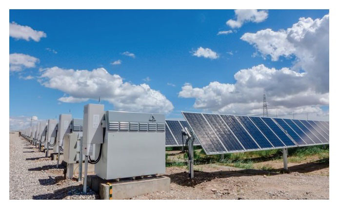 Vanadium Redox Flow Batteries supporting a solar energy installation. Photo courtesy of Invinity Energy Systems.